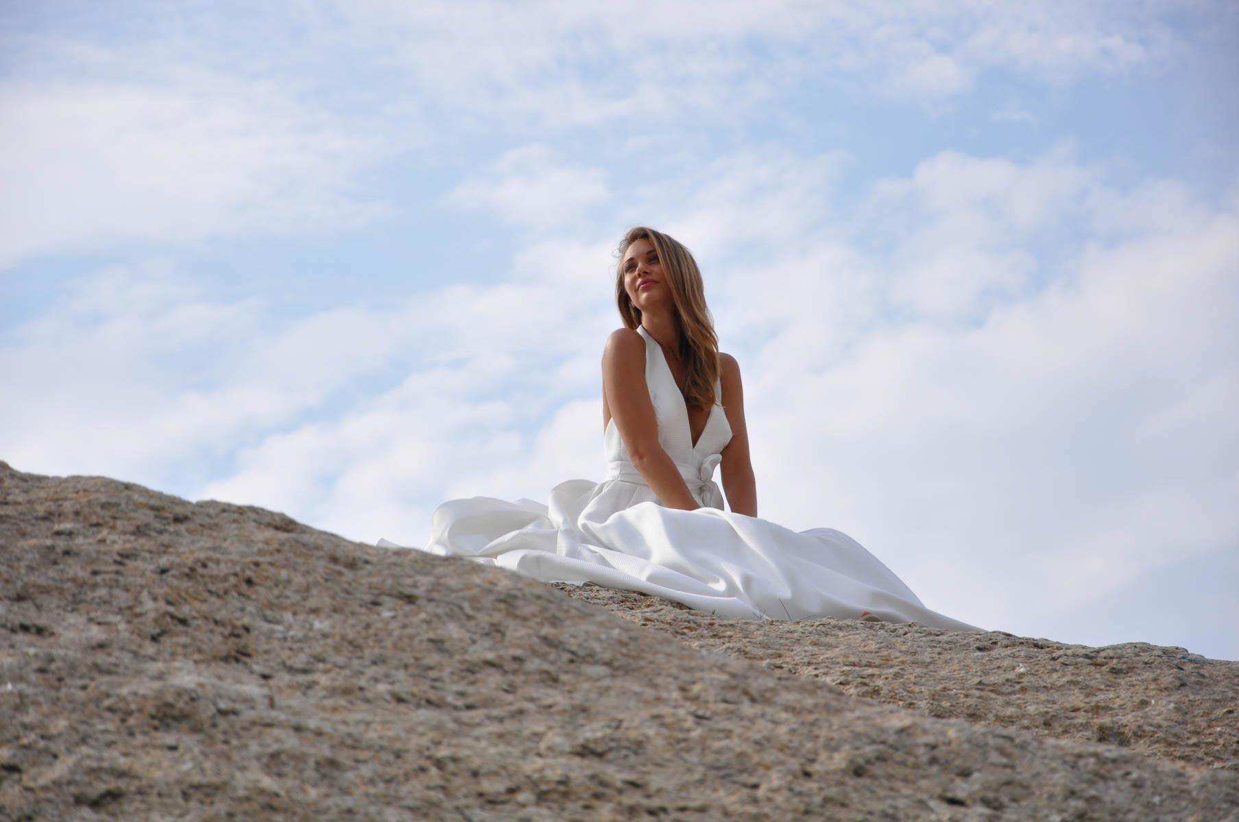 Les Mariées de Provence - Edith   La mariée enchantée